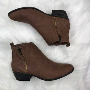 Madden Girl | Brown Ankle Boot Side Zipper Sz 7.5